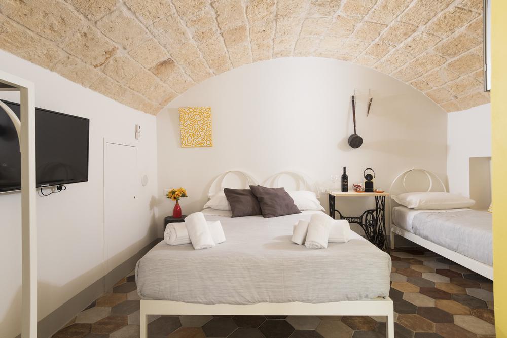 Sunshine Fico Apartments